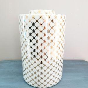 Large Gold & White Patterned Jar